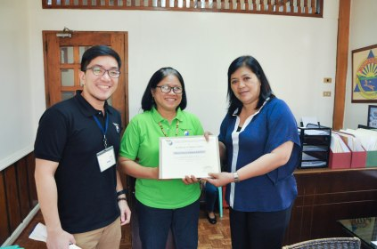 Certificate of Recognition is awarded to Infanta Mayor Filipina Grace R. America for her efforts in forging a partnership with NADA Philippines.